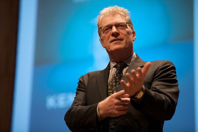 Sir Ken Robinson aboga por cambios radicales en la educación